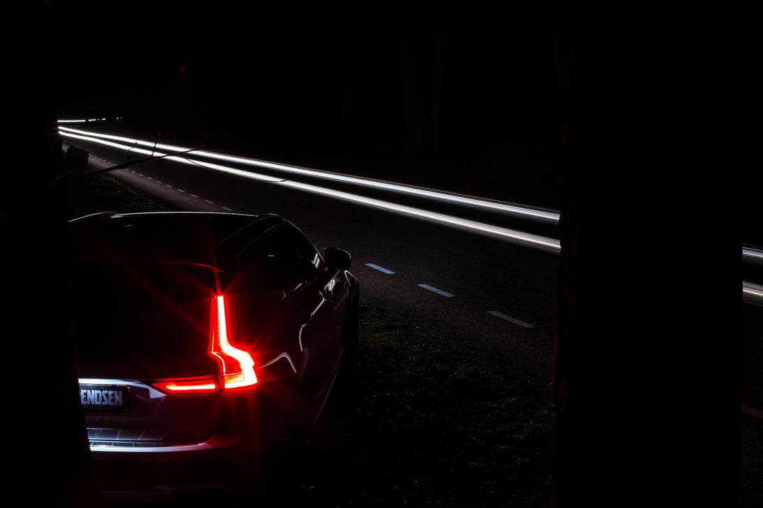 Volvo-V90-2-CC-lightpainting-02-02-3009