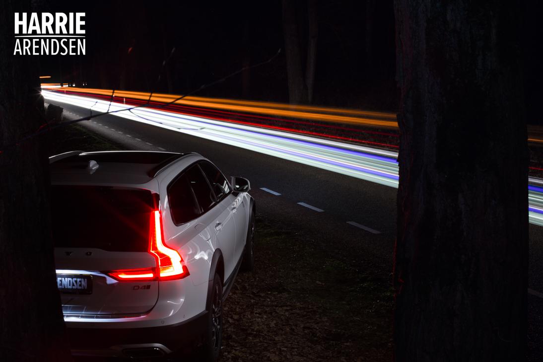 Volvo-V90-2-CC-lightpainting-02-final-